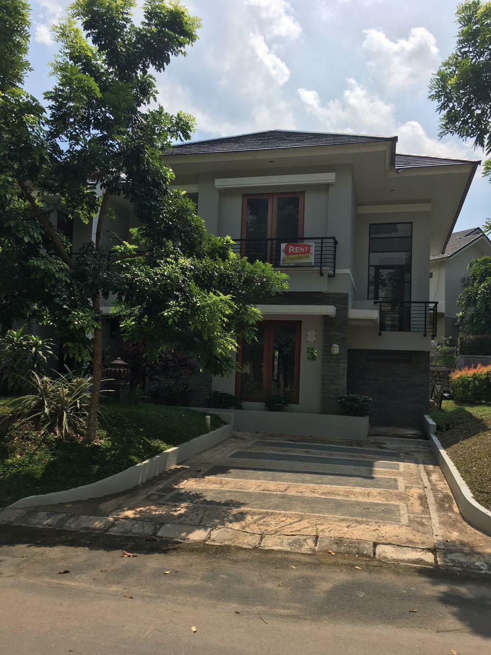 Villa Panbil Mahoni
